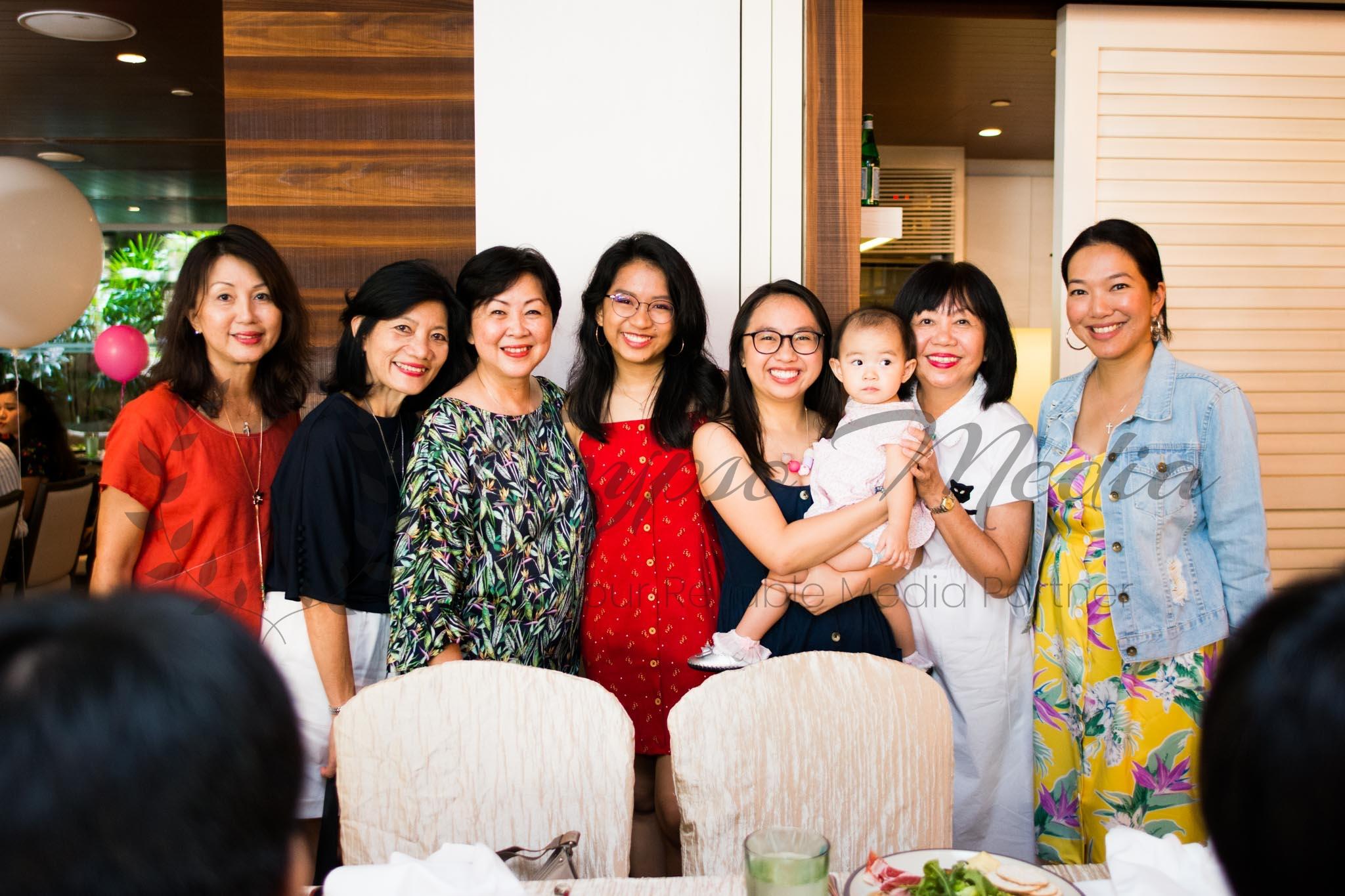 Freelance Photographer Singapore | Family Photoshoot Singapore